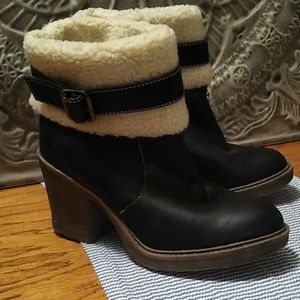 Dirty laundry size 8 black ankle boots